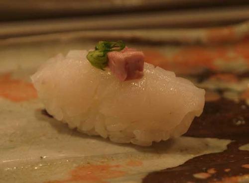 松江市内『大鯛寿司』の十二かん、その四 団扇剥/ウスバハギ