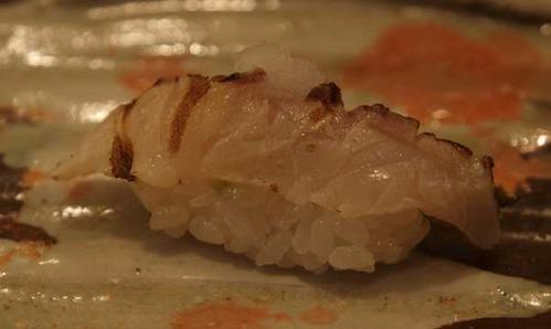 松江市内『大鯛寿司』の十二かん、その六 鰆/サワラ