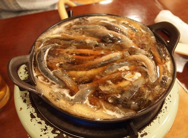どじょうの丸鍋
