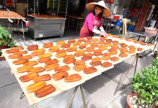 台湾高雄市での唐墨作り