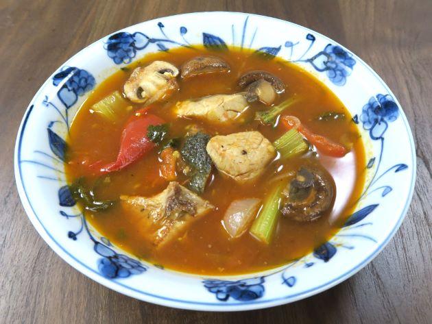 オニヒラアジのトマトスープ
