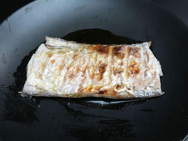 ナガユメタチモドキの塩焼き