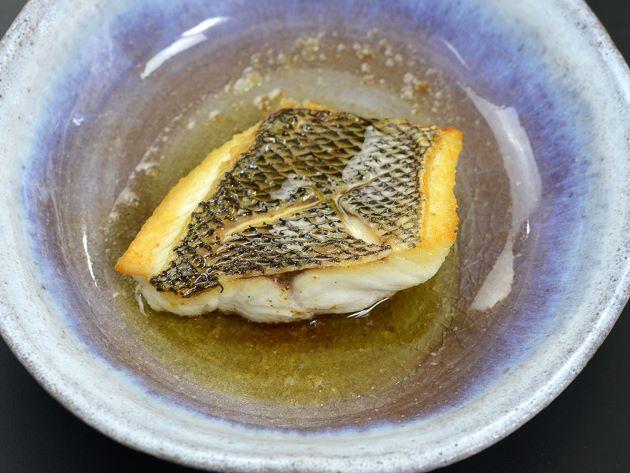ヨコシマフエフキのバター焼き