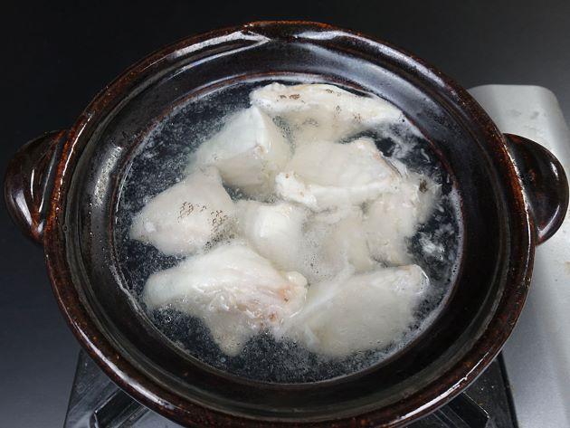 コクハンアラの水炊き