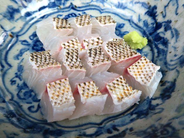 タテシマフエフキの刺身