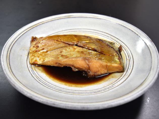 タイワンヨロイアジの煮つけ