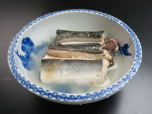 オキザヨリの酒塩煮