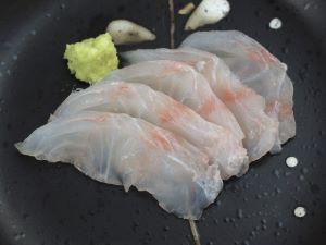 シモフリハタの刺身