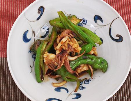 ケンサキイカの炒め物