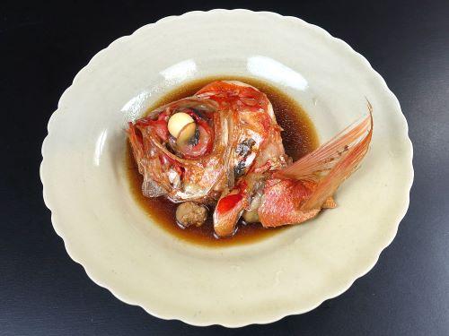 フウセンキンメの煮つけ
