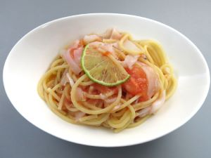 ジンドウイカとトマトのスパゲッティ