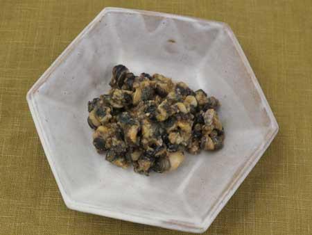 マルタニシの醤油味の山椒いり煮