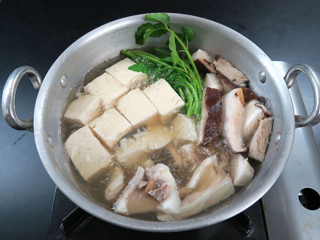 シロダイのちり鍋