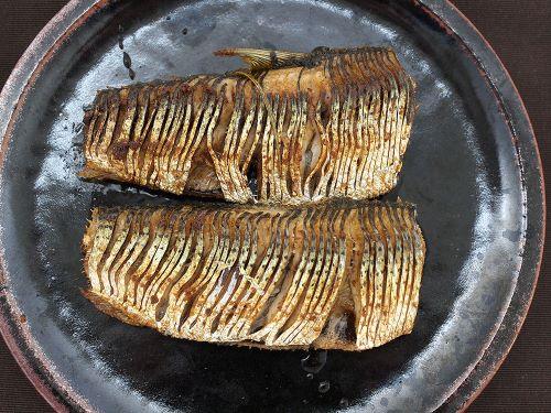 コノシロのごま油焼き